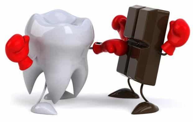 Cosa fare per mantenere in piena salute denti e gengive?