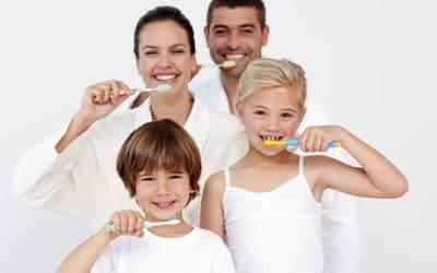 Tutti insieme dall' odontoiatra! Scopri il nostro Progetto Famiglia!