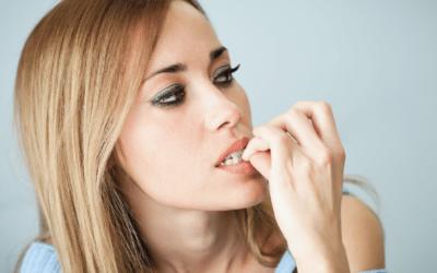 Onicofagia, cefalea e bruxismo sono correlati?