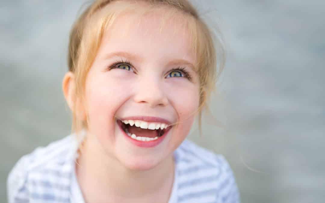 Macchie bianche sui denti del tuo bimbo? Potrebbe essere la MIH!