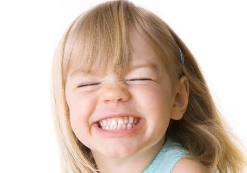 E se manca un dente? Leggi come scoprire l'inclusione del canino nel bambino