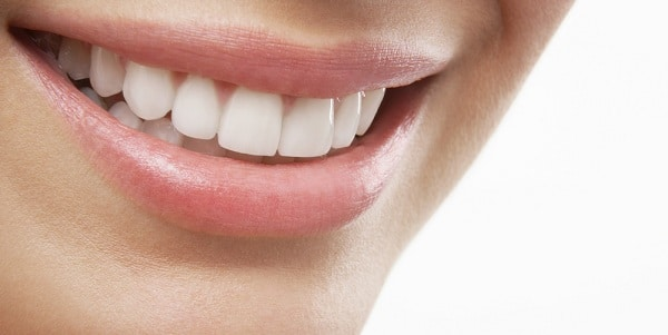Scopri la tecnologia led per le tue gengive con l'igiene orale avanzata!
